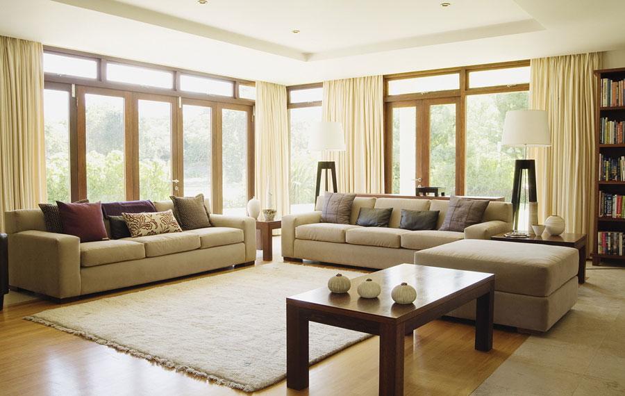 Простой дизайн интерьера гостиной