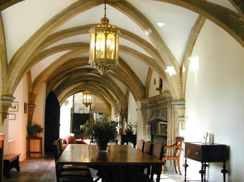 Комнаты в готическом стиле фото